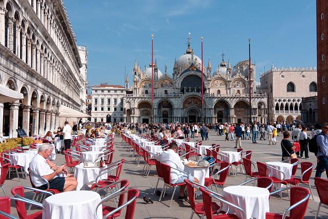 Venezia / Piazza San Marco / Basilica / Gran Caffe Quadri