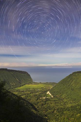 waipio valley hawaii bigisland rokinon bower samyang 24 24mm 14 f14 star stars trail trails hiking canyoneering