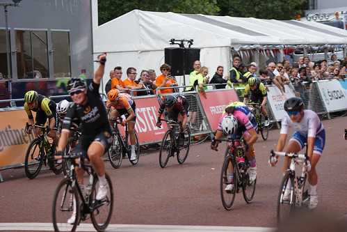 Kirsten Wild takes the win from Marianne Vos | by adambowie