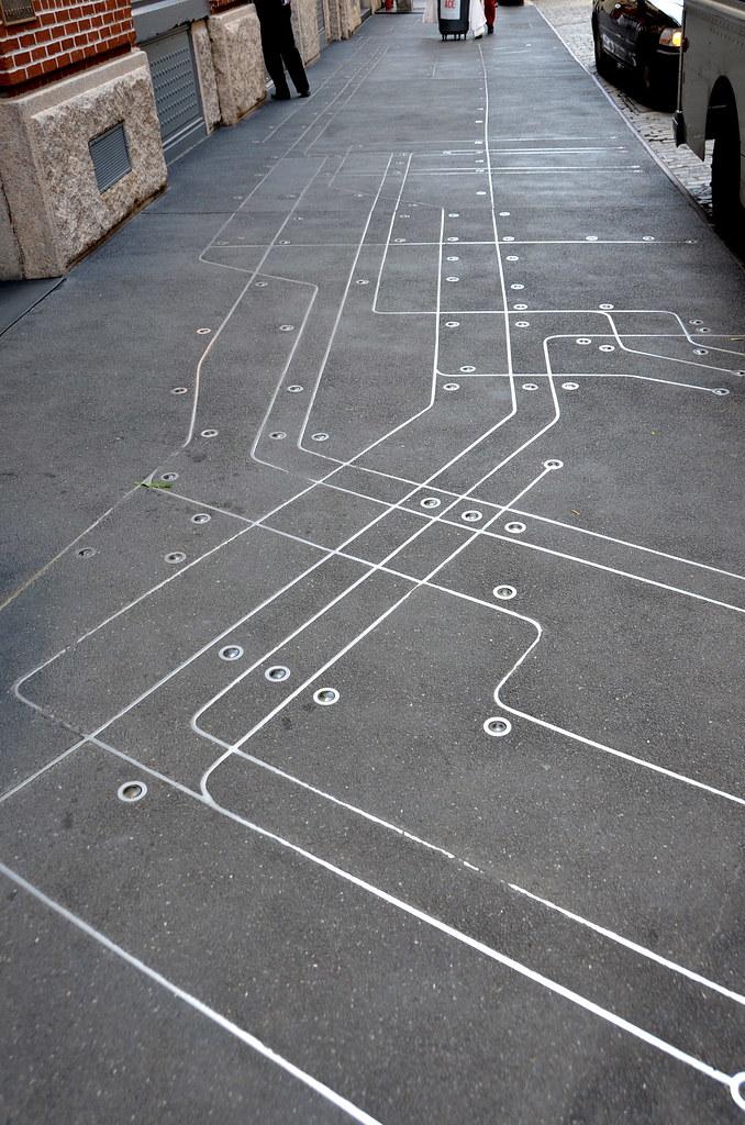Floating Subway Map.Subway Map Floating On A Nyc Sidewalk Subway Map Floating Flickr