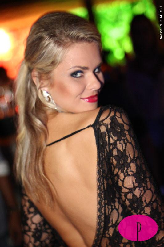 Fotos do evento [Belvedere Red] JEZEBEL by Jade Jagger em Angra