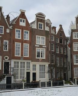 Amsterdam: Begijnhof | by Nik Morris (van Leiden)