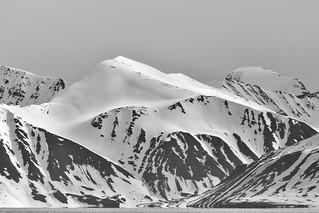 Worsleyneset-Andoyane Mountains Svalbard ©2016 Lauri Novak