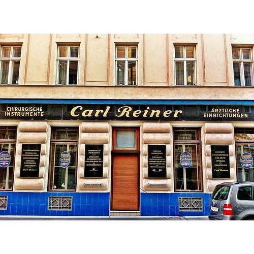 Carl Reiner #typeface #storefront #igersvienna #igersaustr ...