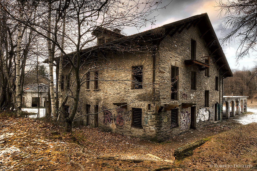 ex albergo abbandonato - former abandoned hotel (Explore)
