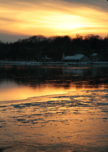 "winter sunset usa ice nature wisconsin wi appleton appletonyachtclub alicialynncook ""canon7d"" ""northamerica"""