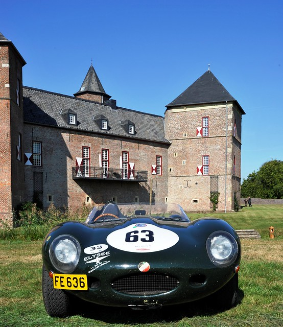 Posing: D-Type Jag in front of Burg Zelem