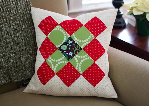 granny square christmas pillow | by skirt_as_top