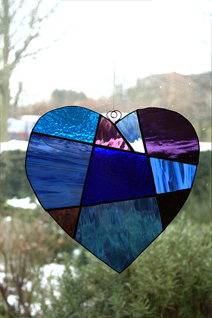 Heart | Attempting to make suncatchers 2. A copy of a pictur… | Flickr
