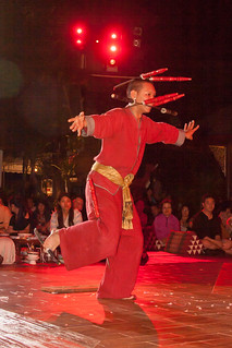 2012-11-22 Thailand Day 04, Khum Khantoke, Chiang Mai   by Qsimple, Memories For The Future Photography