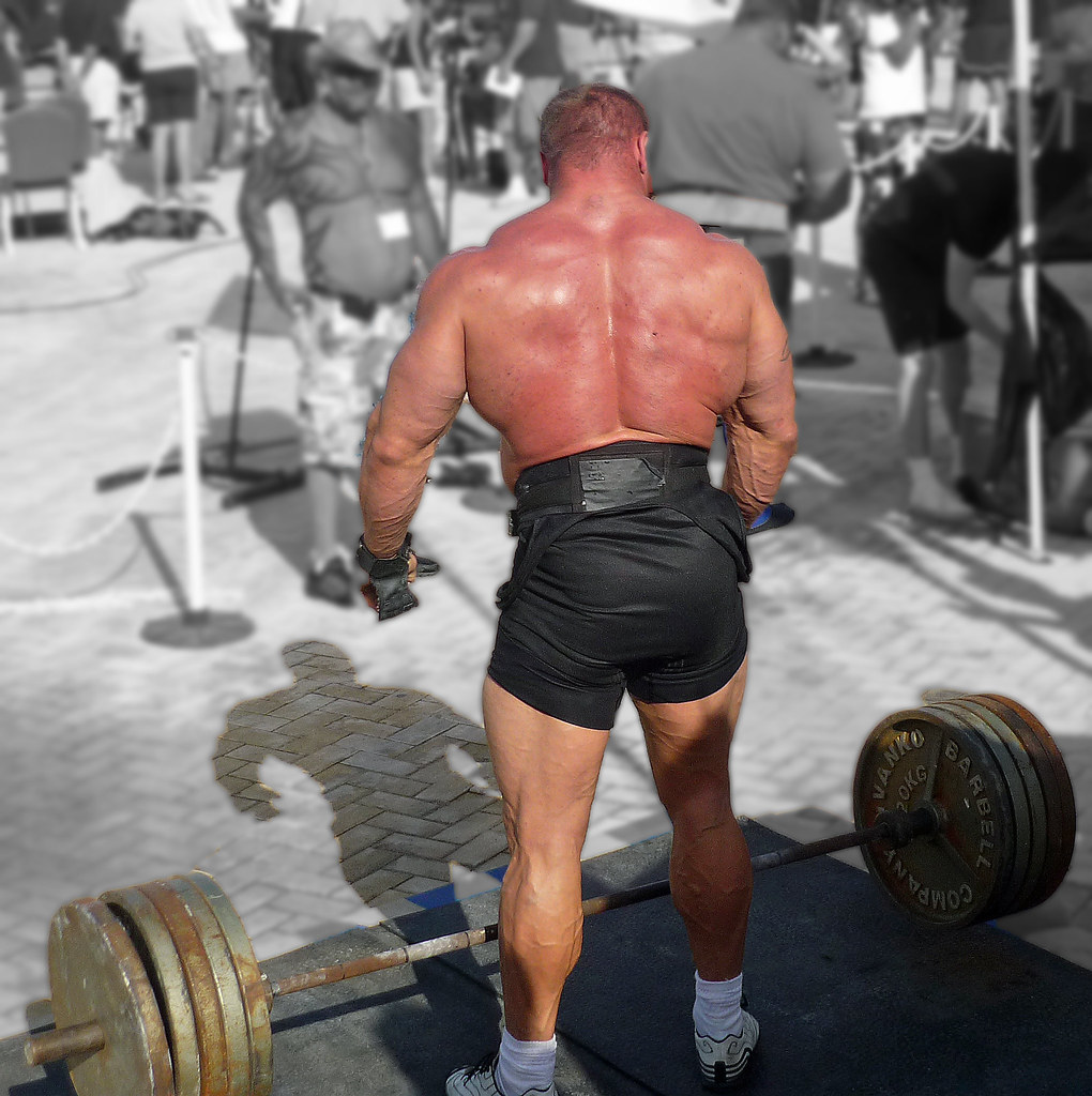 Mariuzs Pudzianowski Deadlift | Warming up for the deadlift