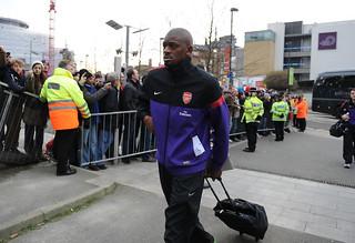 Abou Diaby walks into Emirates Stadium