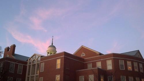 cameraphone sunset sky colors clouds wfu wakeforestuniversity zsmithreynoldslibrary zsr winstonsalemnc 2013 pwpartlycloudy