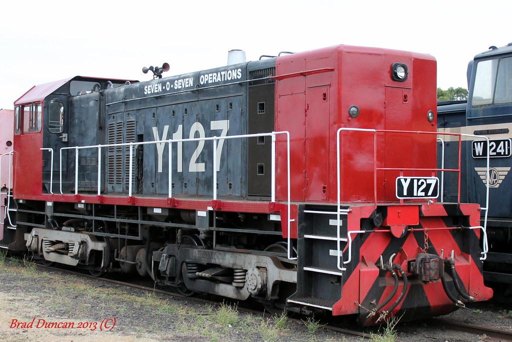 Y127 by Hitachi 300M