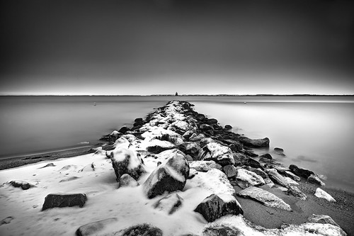 longexposure blackandwhite lighthouse snow weather landscape dawn perspective maryland annapolis skidmore waterscape unpredictable sandypoint toomanyclouds throwbackthursday jetyy ablackandwhitemorning