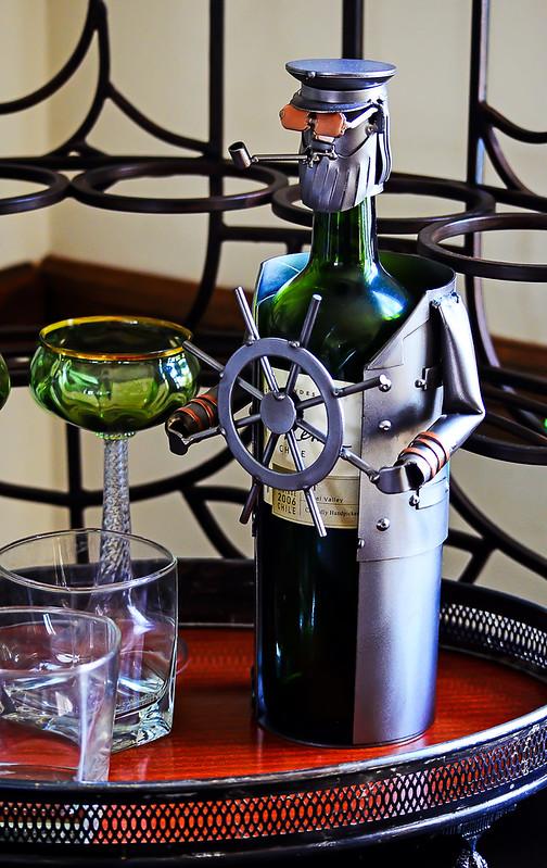 Cap't Wino 2
