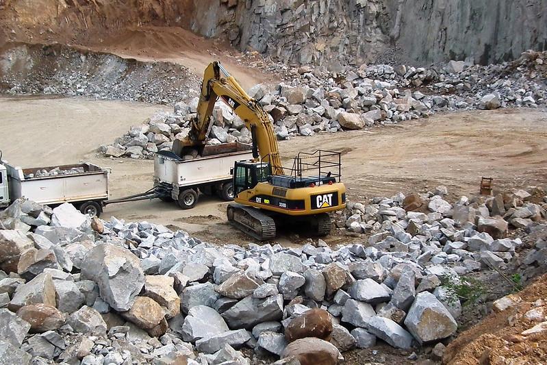 Bracalba Quarry - Armour Stone