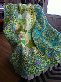 Picnic quilt scallops by sandi Henderson