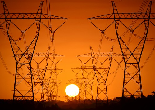 phunnyfotos nikon nikond5100 d5100 australia sun sunset victoria vic yarragon moeriver transmissionlines highvoltage powerlines silhouette orange sky skies golden gippsland gittersteigen latticeclimbing