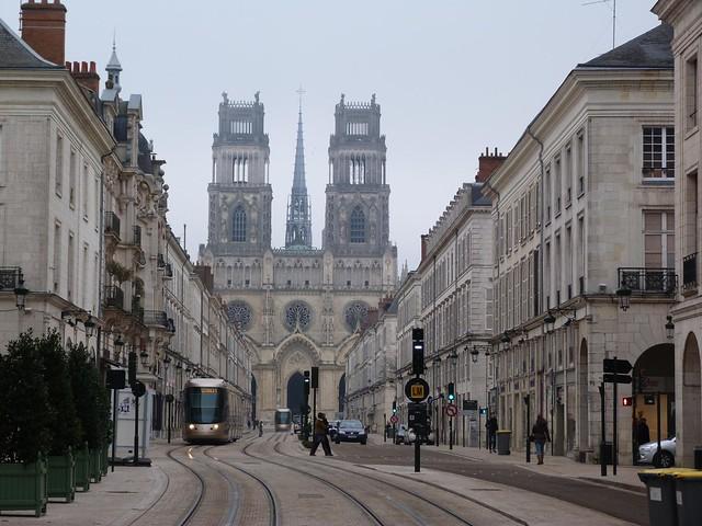 Catedral de Orleans en la zona del Valle del Loira (Francia)