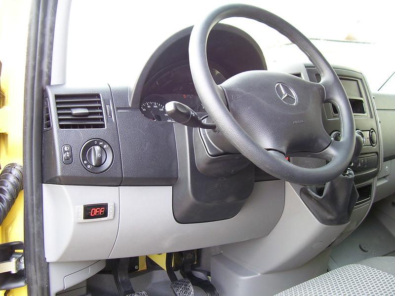 Цифров контролер на хладилен агрегат за Mercedes-Benz