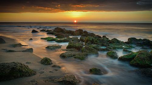 winter sunlight sunrise rocks tide fortfisher d800 wilmingtonnc