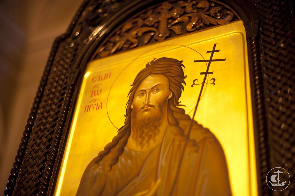 8 марта 2013, Литургия в домовой церкви Живоначальной Троицы Гатчинского дворца