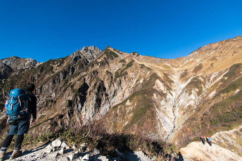 五竜岳を眺める