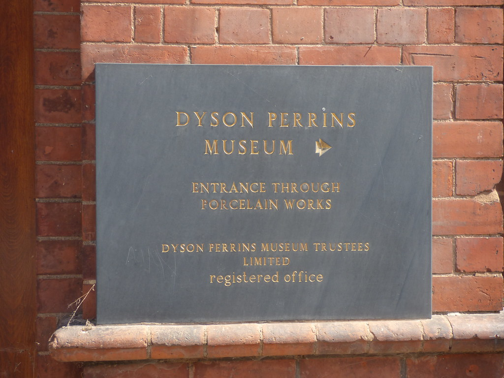 Museum of Royal Worcester - Severn Street, Worcester - plaque - Dyson Perrins Museum