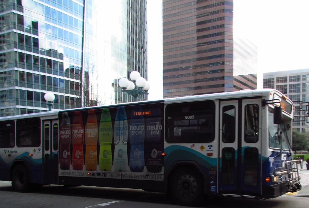 Sound Transit 2001 Gillig Phantom 9085k