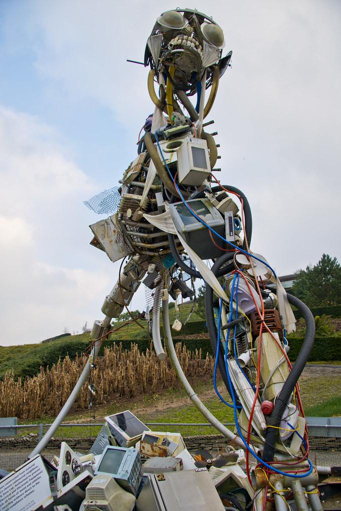 The Weee Man Sculpture Eden Project Bodelva Par St Aus