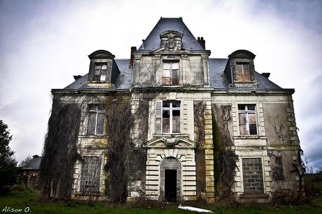 Urbex - Manoir en Maine et Loire 01-13 (extérieur)