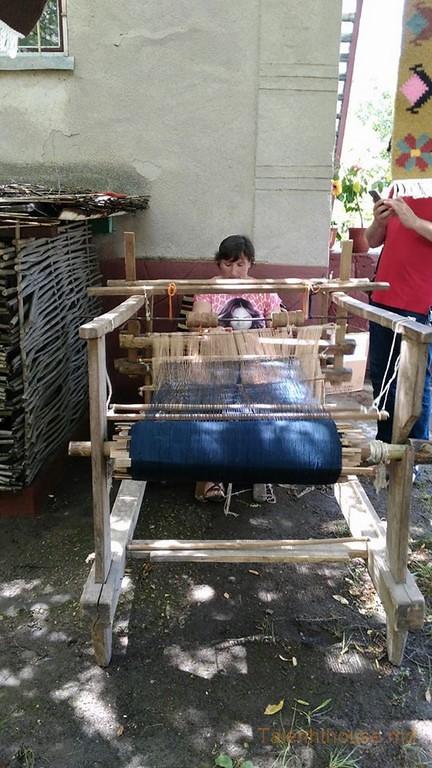 ЛЧ Мы с Тамарой ткем ковры  напару