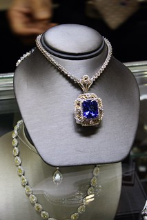 Luxury Jewelry and Fashion Shopping at International Gem & Jewelry Show   by InterGem Jewelry
