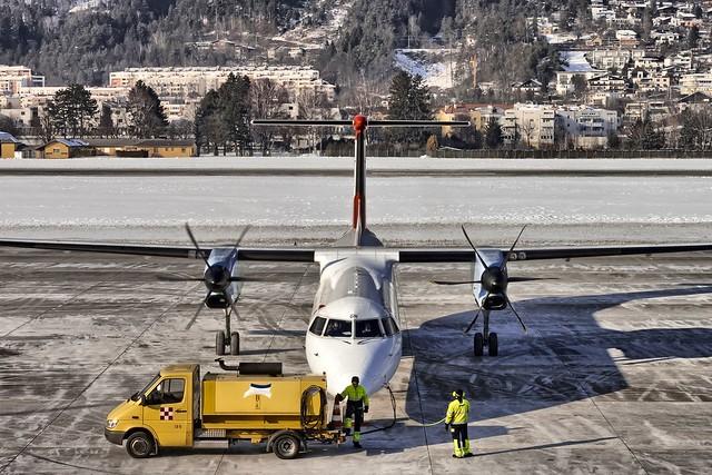 Innsbruck Airport | OE-LGH | Last preparations