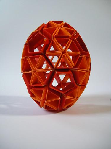 Snapology egg   by Mélisande*