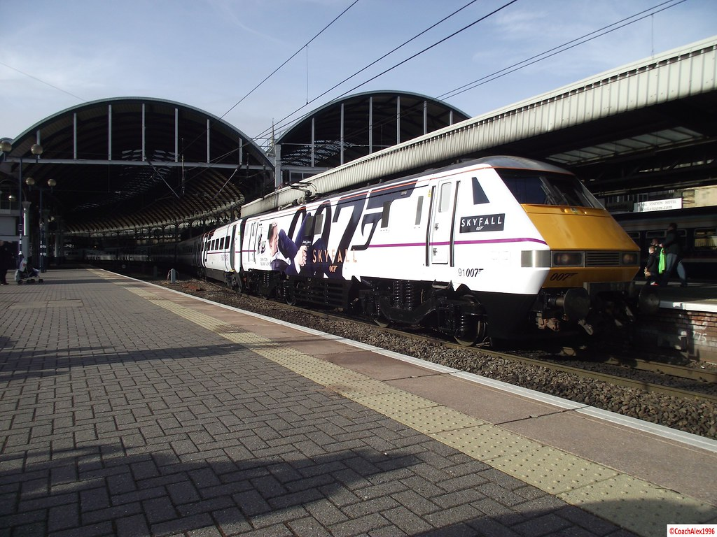 91007 'Skyfall' James Bond Train at Newcastle   Re-Numbered …   Flickr
