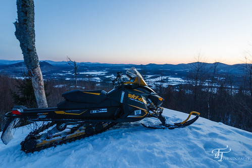 sunset canon eos march unitedstates newhampshire northumberland 600 ho dslr skidoo renegade etec snowmobiling northcountry morsemountain 2013 400d groveton digitalrebelxti revxp