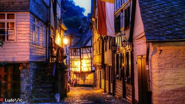 Monschau : Medieval's Street