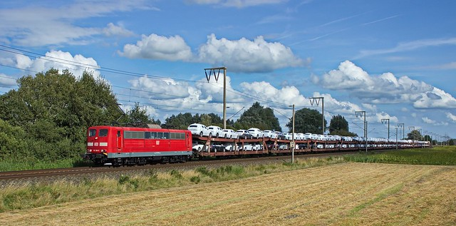 DBC 151 166 mit Skodazug, Emden, 01.09.2016