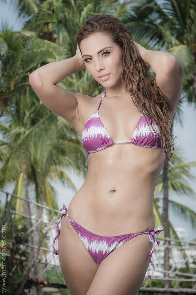 Chicas En Bikini Fotos De Chicas En Bikini Fotografiadas P
