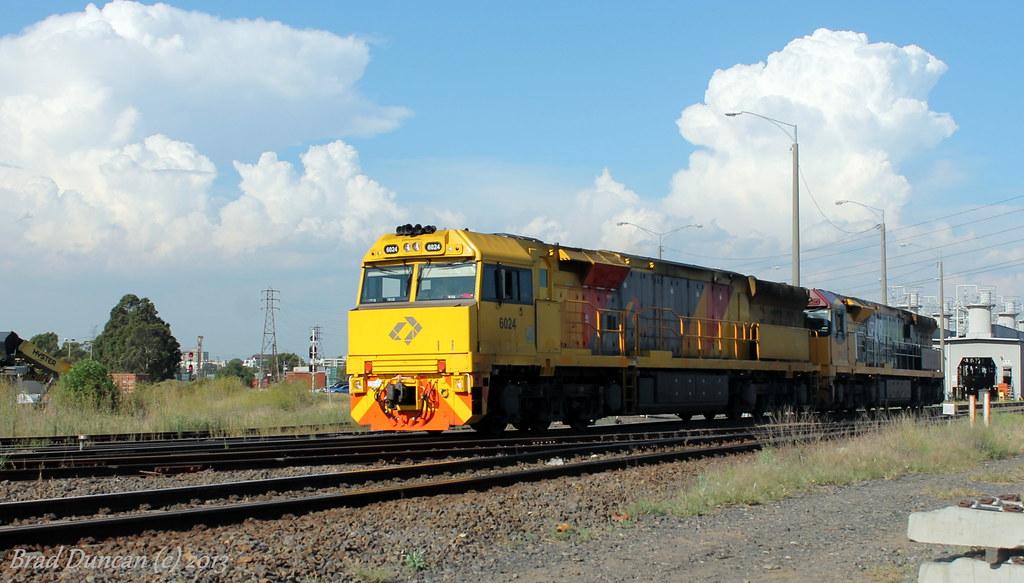 6024-6004 by Hitachi 300M