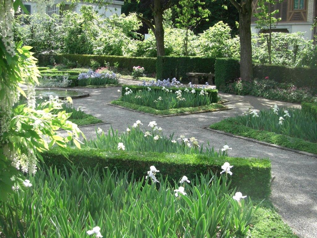 Iris Garten, Zurich | Cornus Garden Design | Flickr