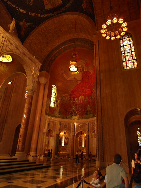 The Basilica of the National Shrine of the Immaculate Conception, Washington DC, USA - www.meEncantaViajar.com
