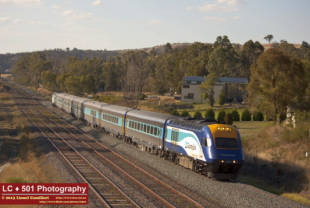Sydney to Melbourne XPT by LC501