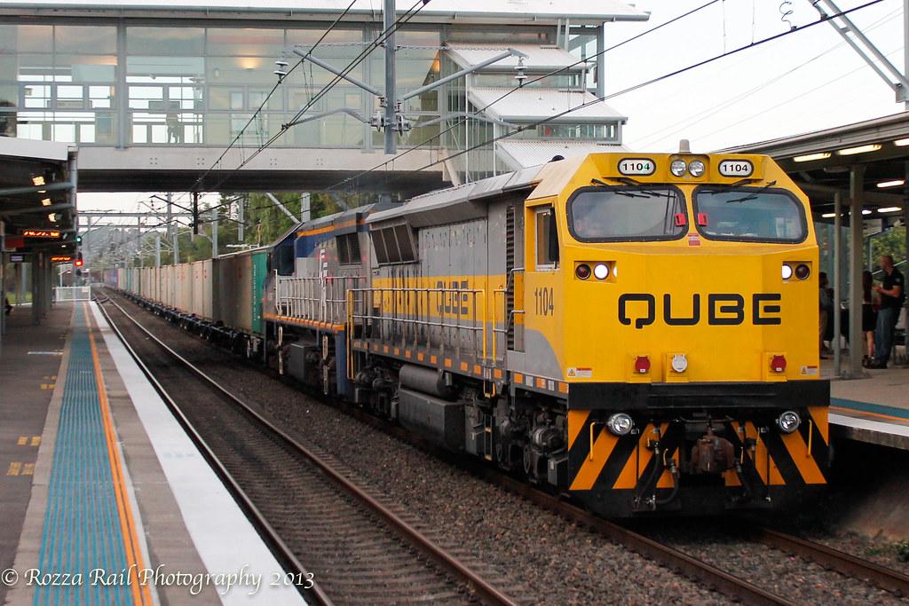 4112 Trip train @ Rhodes by Roy
