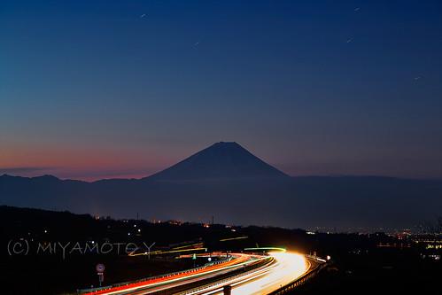 longexposure winter light japan sunrise star highway mtfuji 2013