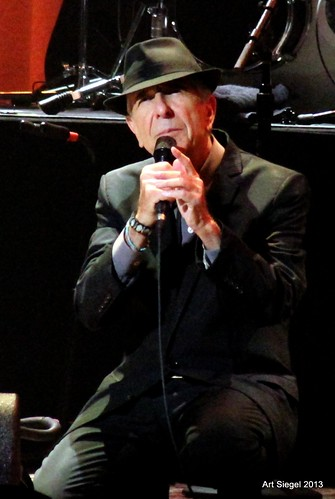 Leonard Cohen, last night in Oakland | by artolog