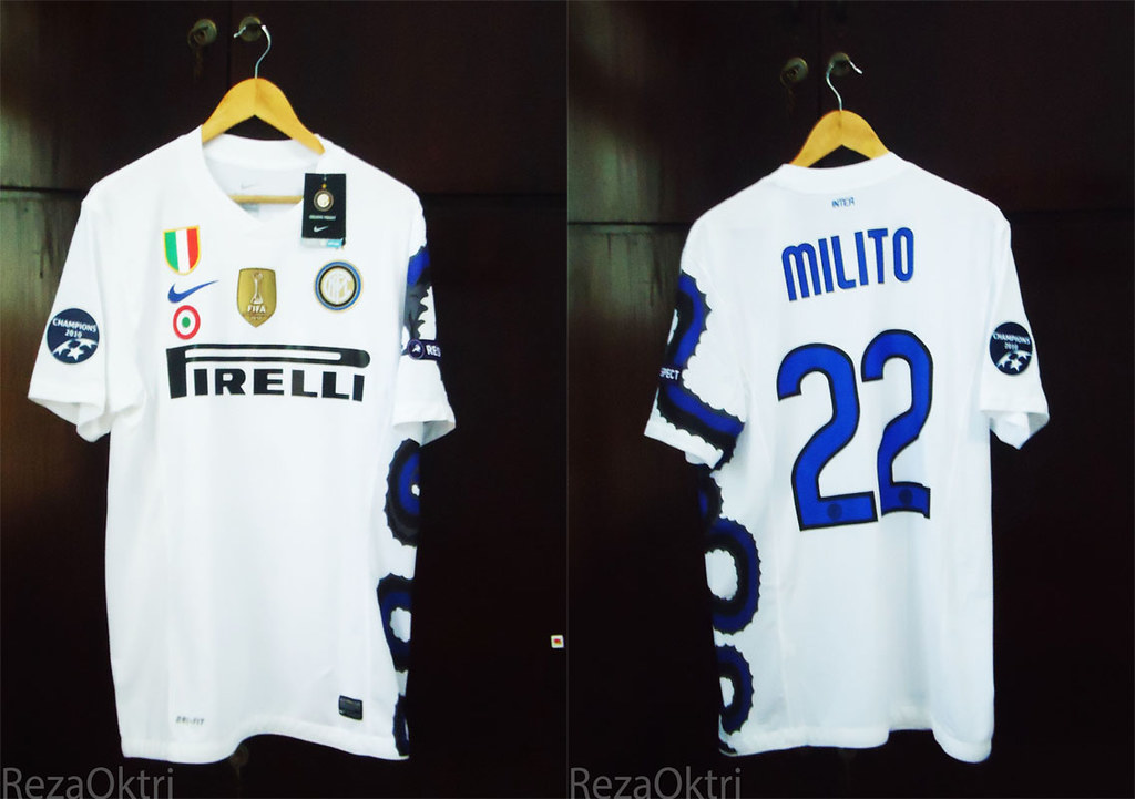 timeless design 82454 32570 Inter Milan Away 2010-11 | UCL MILITO FULL PATCH | Flickr