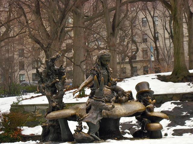 The Alice in Wonderland statue in Central Park, New York
